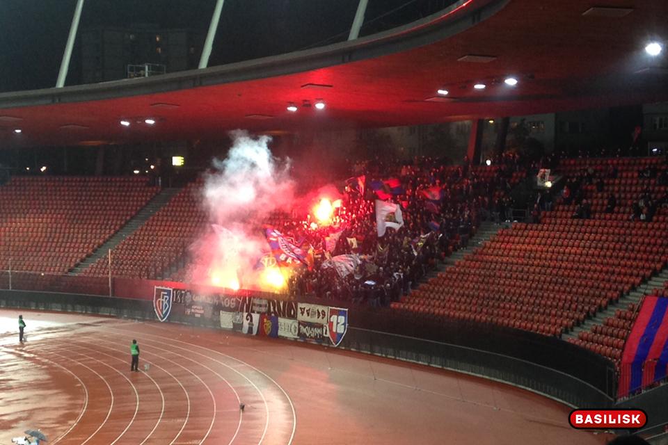Die FCB-Fans feiern im Letzigrund, GC wird mit 3:1 abgefertigt.